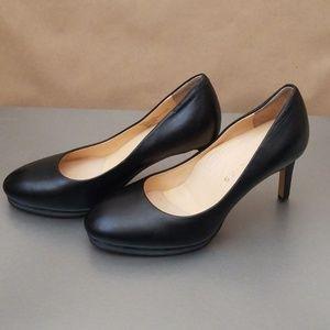 Ukies Leather Black Heel Shoe Size 6